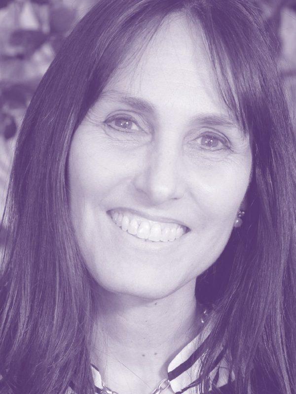 Maria-Zapata-lila